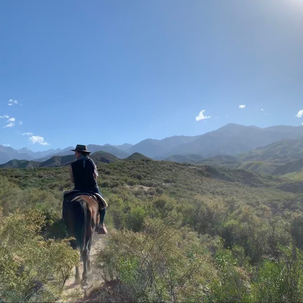Horse riding and wine in Mendoza (Argentina) on a Faraway honeymoon